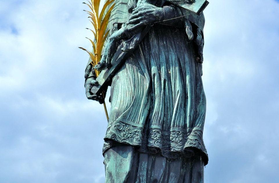 St. John of Nepomuk Statue on Charles Bridge in Prague ...