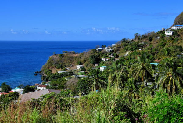 Road Trip along Caribbean Coast of Saint Vincent - Encircle Photos