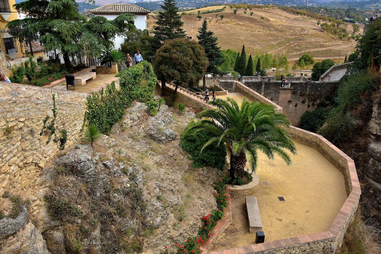 jardines de cuenca in ronda spain encircle photos
